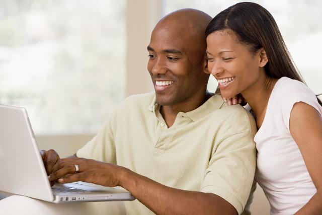 você vai Ganhar dinheiro em seu tempo livre, trabalho em casa, ganhar dinheiro em casa, pessoas trabalhando felizes,  renda extra, ganhar dinheiro em casa, trabalhar na internet
